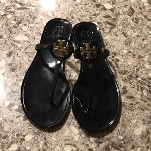 Tory Burch Mini Miller Sandals Size 7 ❤️😍🥰